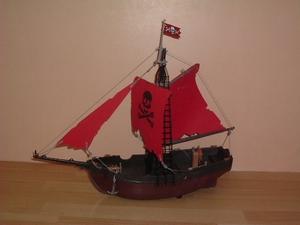 Bateau pirate Neuf sans boîte