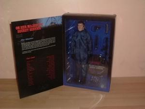 Coffret Figurine James Bond 30 cm