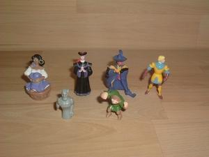 Lot figurines Notre Dame de Paris