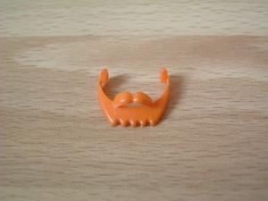 Barbe moustache orange