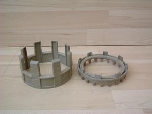 Créneau pour tour ronde avec socle