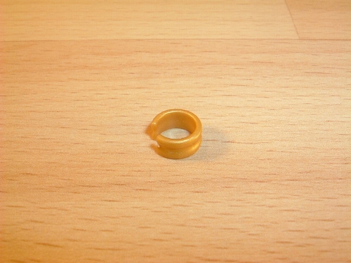 Bracelet doré Neuf