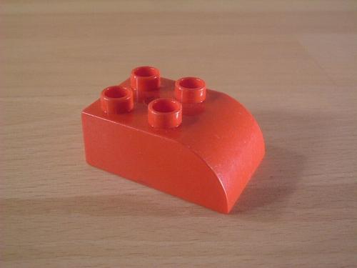 Brique 2 picots rouge