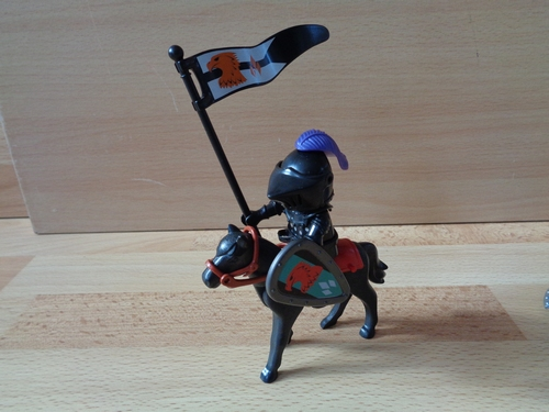 Chevalier à cheval