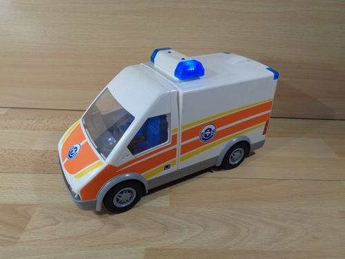 Ambulance avec lumière et sonore en l'état