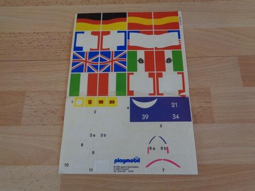 Autocollant playmobil en l'état drapeau