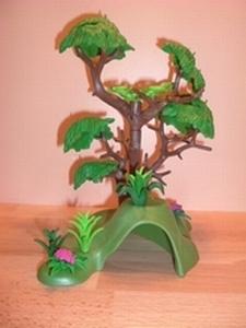 Tanière avec arbre et nid Neuf