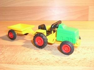 Tracteur vert enfant