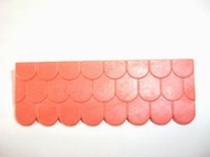 Raccord de toit rouge