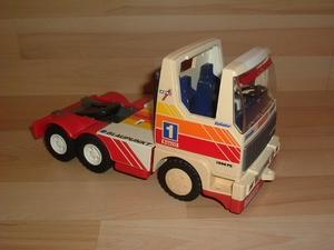 Camion Pirelli