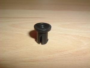 Crochet noir pour fixer essieu