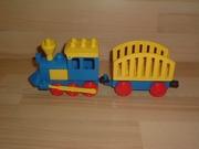 Locomotive bleue wagon cage