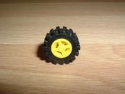 Roue jaune Ø 1,4 cm largeur 0,6 cm