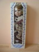 Poupée porcelaine Doll