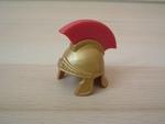Casque romain rouge