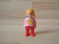 Femme écharpe jaune
