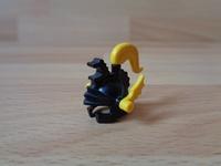 Casque chevalier plume jaune