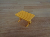 Table jaune