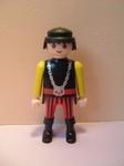 Chevalier pantalon rayé rouge et noir