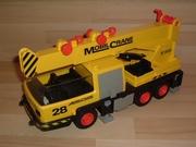 Camion grue jaune